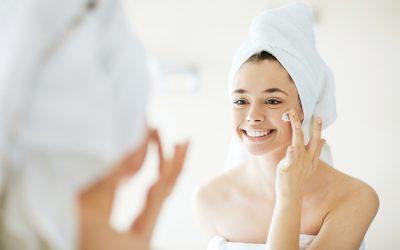Comment prendre soin de sa peau en confinement ?